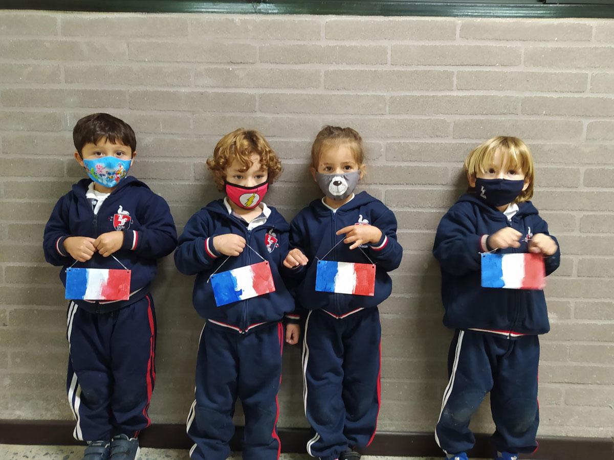 PS-pintando-la-bandera-de-francia